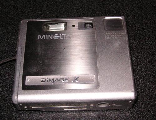 Dead Minolta Dimage X R.I.P.